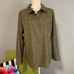 J. Jill Olive Button Down with Print B7